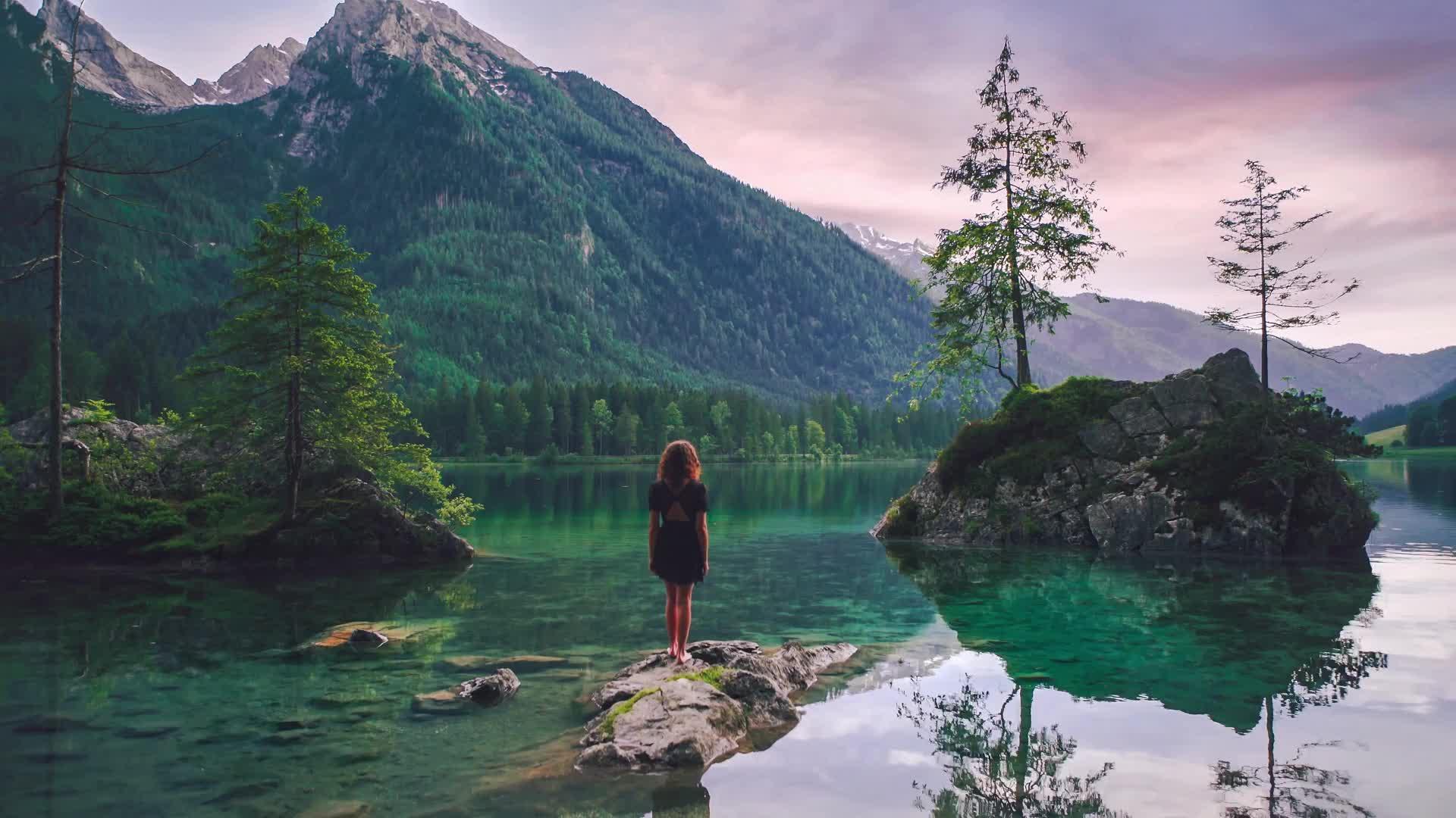 Озеро в Баварии - живые обои
